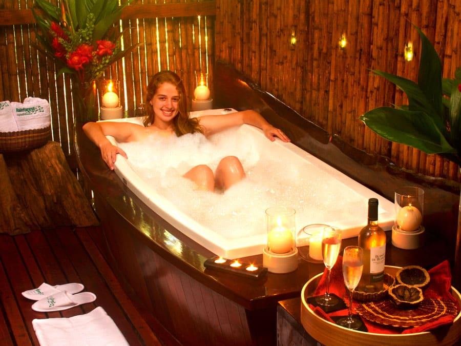 Amazon Villa Bath