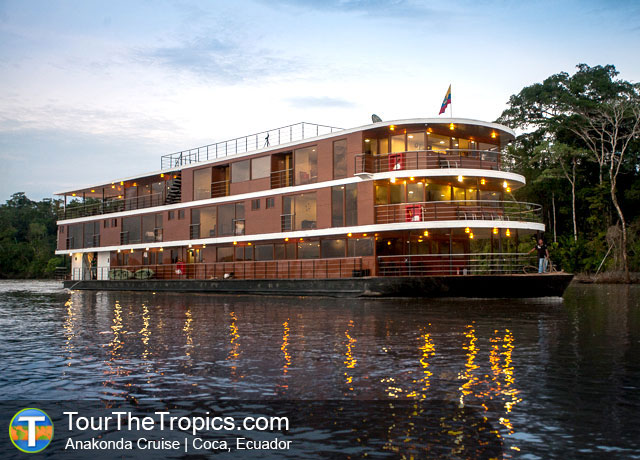 Luxury Anakonda Cruise - Top Luxury Amazon Tours