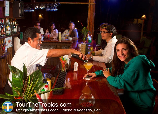 Refugio Bar - Things to do in the Amazon Rainforest