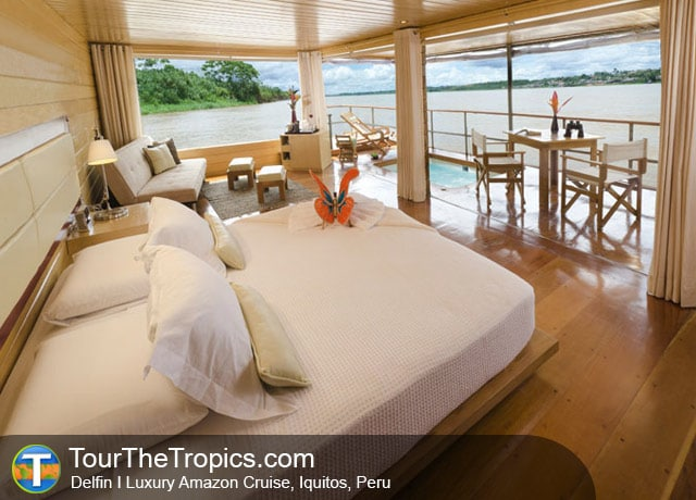 Delfin I Luxury Cruise - Iquitos Travel